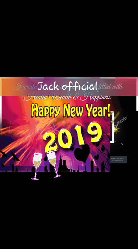 #new #bollywoodstylesuits #newyear2019 #roposo-comedy #roposo-funny #welcome2019