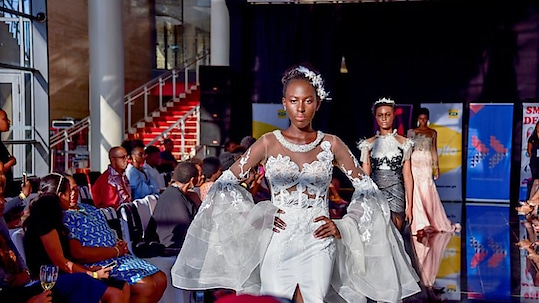Fashion events that made headlines in 2018. Read more: http://bit.ly/2GUDlnw For shopping visit us : www.fabcouture.in   #FabCouture! #DesignerFabric #AffordablePrices  #DesignerDresses #Fabric #Fashion #DesignerWear #ModernWomen #DesiLook #Embroidered #WeddingFashion #EthnicAttire #WesternLook #affordablefashion #GreatDesignsStartwithGreatFabrics #LightnBrightColors #StandApartfromtheCrowd #EmbroideredFabrics