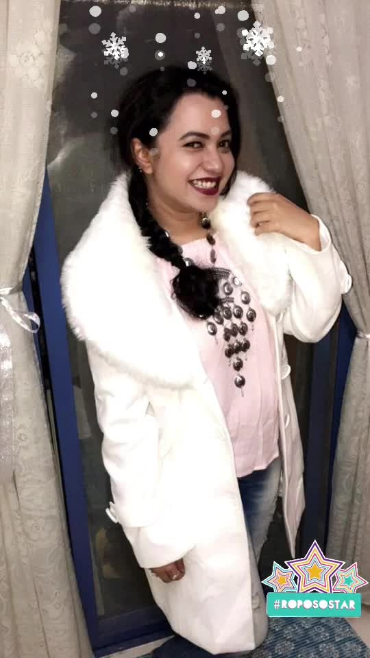 #winterlookbook #furcoat #fauxfur #oxidisedjewellery #braidedhair #roposo-fashion #fashionista @soroposo @roposotalks #snowflake #roposostar