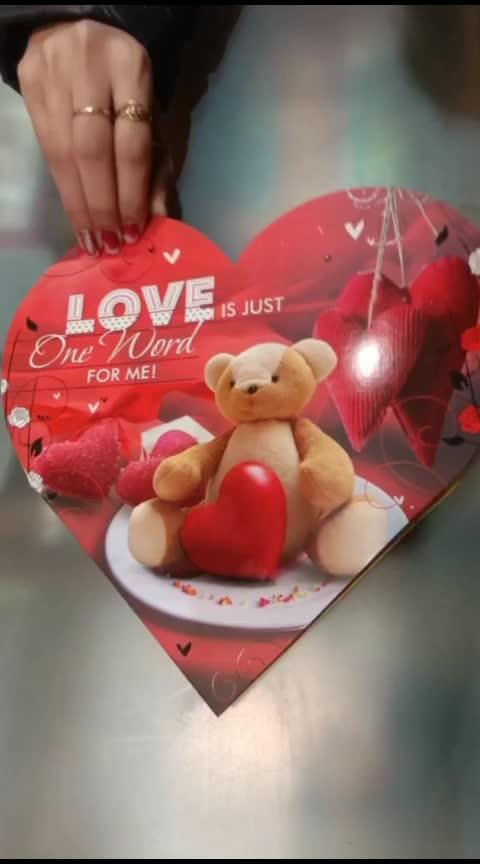 #valentinesday #valentine #cutestatus #lovelystatus #lovestatus #lovelystatus