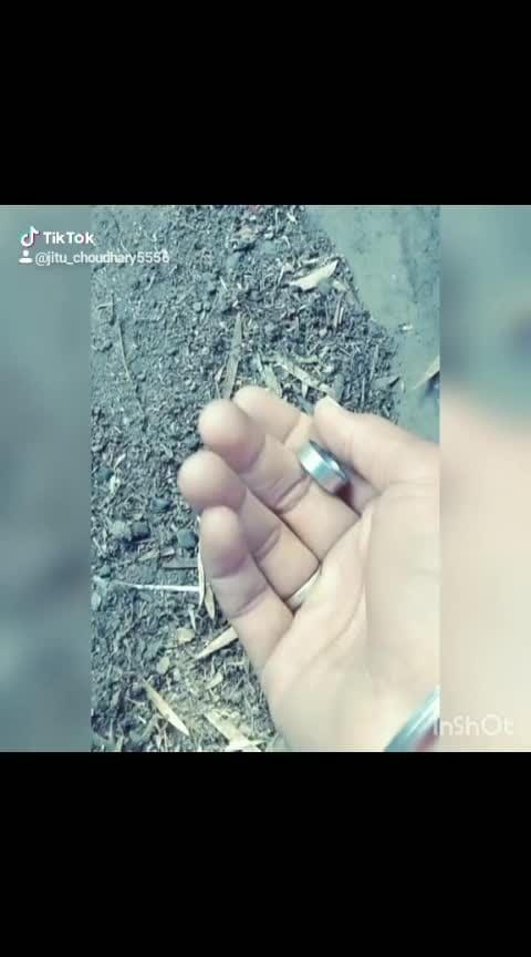 #photole#hugchallenge #throwback2018#mememyself#xmas2018 #mysingingtalent#biggbuzzchallenge #bebot#infinitychallenge#noblinkchallenge#fakefriend#15svines#danceindia#fitnessindia#myootd#mrperfect#myinstrumentskills #jumbochallenge#avneetkaur Follow me fast ........😎😎😎#portraitmode @jitu_choudhary5556 #tiktokindia #trending #vivo#dankmemes #love #sadedits #pubg#killerqueen#zayanmal