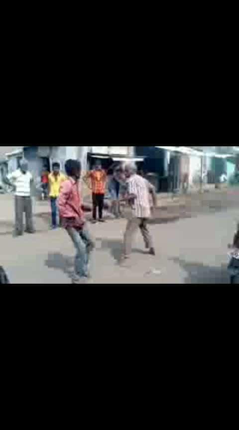 drinker fight.....with songs... full comedy #hahahahahaha #fullfunny #drinkers #fight #kickboxing #villagers #masti #roposo-beats #beats #haha_tv #feed #roposo-funny #roposostar #digi #digitalmarketing