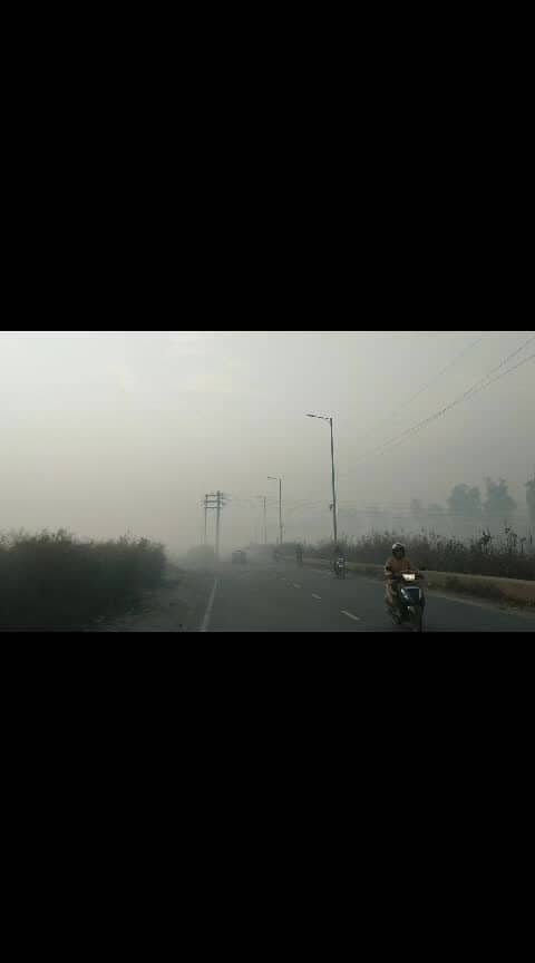 #saturdaymorning  #foggy_day #ropotraveller  #roposodelhi  #ropovideo