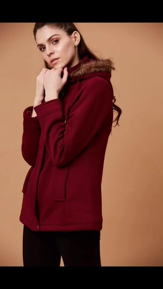 Beat the winter chill in this classic rich red jacket in stylish self design pattern and faux fur detailing on the hood!  #newarrivals #fallwinter #bohovibes #bohostyle #gipsystyle #gipsywomen #bohoforlife #bohofashion