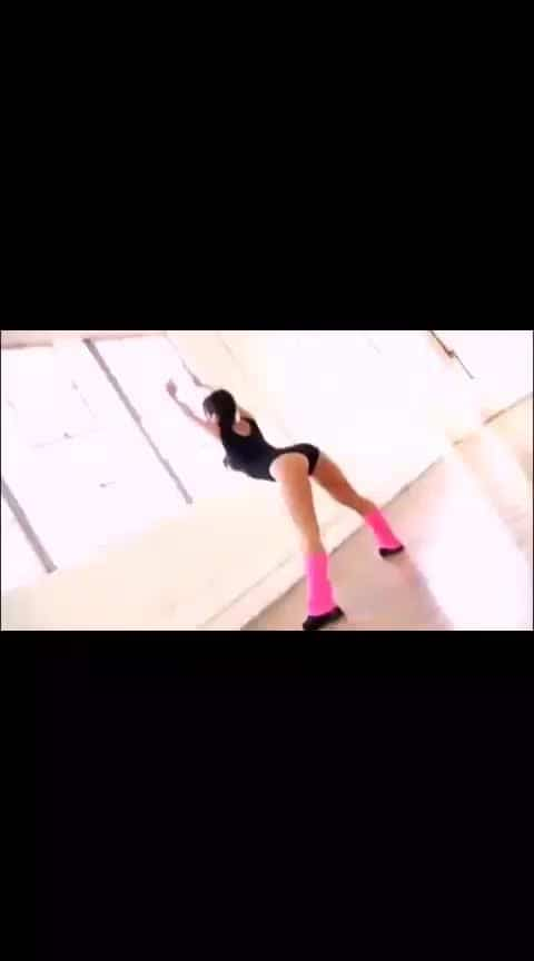 #gymlife #yogachallenge #yoga #slimgirl #bold-is-beautiful #boldgirl #beautiful-life #workoutmotivation #bikinigirl #good----morning #nonvegjokeschannel #trainer #trendingvideos #mostpopularvideo #sexygirls