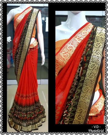 ***Style with ease*** Weightless printed saree with contrast blouse piece Contact : 98254 42027 Price : 850/- + ship #ethnic-wear #thebazaar #saree-georgette #dailywear #traditional #sareeday
