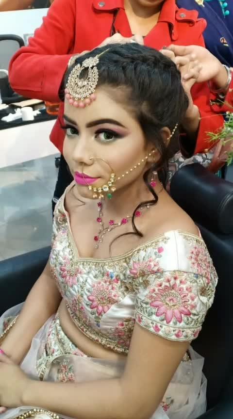 Countempary Bride Makeup ❤️ Modern 👰 #lookgoodfeelgoodchannel #makeupideas #makeup #lookgoodfeelgood #ropso-love #roposo #roposostar #rangolichannel