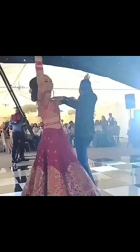Punjabi Stars couple dance... #ropo-styles #roposobeats #roposo-funnys #roposogabru #roposodeals #roposodailywisheschannel #roposobirdss ##indiapunjab #punjabilover #ropo-punjabi-beat #roposopunjabi #indianfun #ropo-punjabi-beat #roposopunjabiway #punjabiweddings #punjabicelebration #roposostars