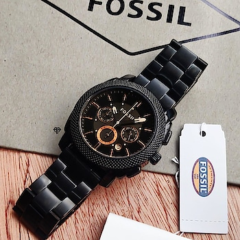 👆PRODUCT NAME : CHAIN WATCH 👆 🔥 HOT IN STOCK 😘 ⚡️ MOST DEMANDED  WATCH ❤️ AVAILABLE COLOR : 2 (AS IN PIC) 💫 QUALITY : FIRST ⌚️ BELT : CHAIN ⌚️ TYPE : CELL ⌚️ ALL CHRONO WORKING, DATE WORKING 🤘 ON BEST RATE EVER 👇😘 ✈️ SHIPPING FREE ON PREPAID OREDER (ALL OVER INDIA) ✅ COD AVAILABLE (100RS EXTRA, WHICH IS ADVANCE) ✅ EASY PAYMENT THROUGH TEZ, PHONEPAY, PAYTM, UPI, BANK TRANSFER, PAYPAL ✈️ SHIPPING ALL OVER WORLD (CHARGES EXTRA) 🚧  L I M I T E D  I N  S T O C K  🚧 FOR ORDER OR INQUIRY DM👇  #shoponline #onlineshopping #onsale #buy #best #offer #premiumwatch #watch #onlinewatch #surat #mumbai #pune #banglore #india #buynow
