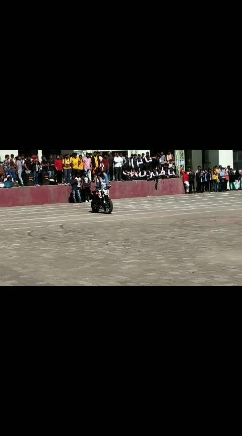 #biker  #stunt  #bikestunts  #stuntman  #bikergang