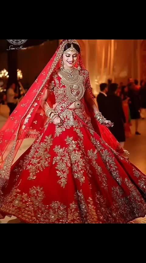 #wedding-bride #wedding-outfits #wedding-lehnga #lehenga-for-wedding #pre-wedding #wedding-lehenga-designer #photographyeveryday #photoshootdiaries #roposocontestalert #roposo_challenge