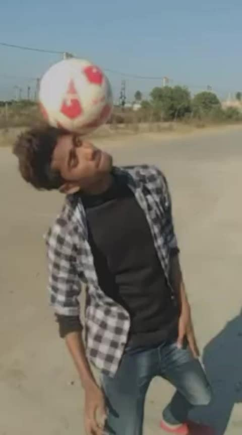 apna Time ayega #roposostarchannel #roposo-wow #football freestyle #tekkers