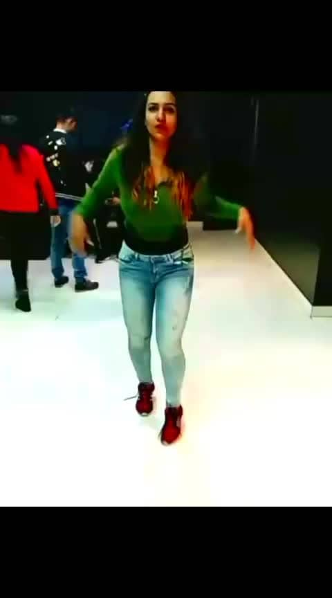 sexy dance  #super-sexy  #sexydancer  #roposostar
