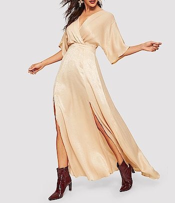 Shimmery Cream Golden Maxi Dress👗 Website Link- https://bit.ly/2CCOTGD . . . . #dress #dresses #minidress #maxidress #mididress #beige #partydress #shimmery #shimmerydress #womensdresses #westerndresses #designer #party #streetstyle #streetstyle #partyoutfit #clothes #girls #pretty #fashionista #fashion #women #womenswear #outfitpost #mumbai #india #bollywood #womensfashion