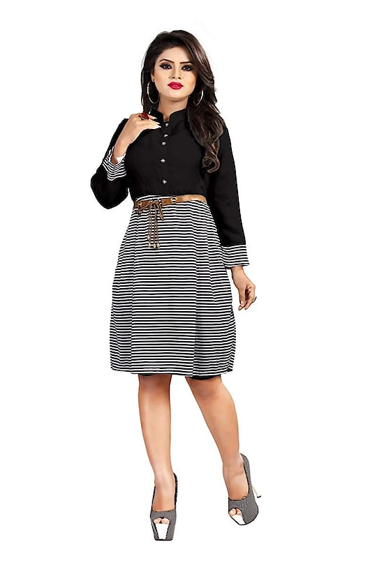 Black And White Striped Western Dress With Belt For Women And Girls ₹449 FREE SHIPPING Features Sleeve : Full Sleeve Occasion : Casual Wear Length : Knee Length Material : Rayon Stitching type : Stitched Set Contents : 1 Western Wear Dress
