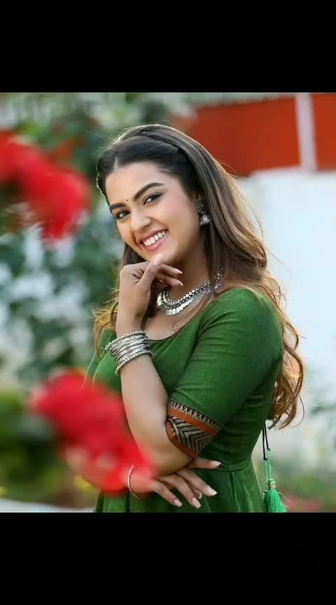 #kavyathapar #southindianactress #tollywoodactress #tollywood #beauty #beautifulgirl #southindiangirl #model #modelphotography
