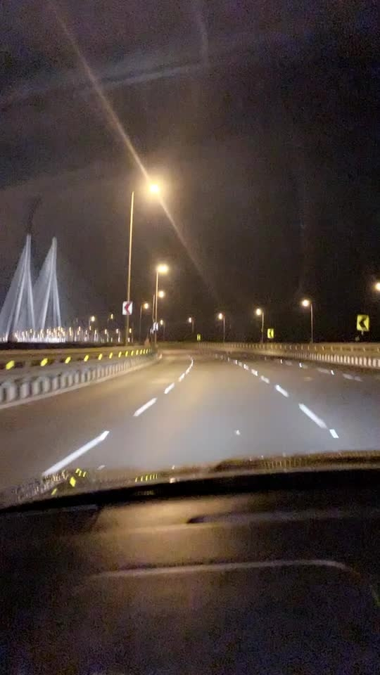 Random midnight driving scene to marine drive 😍😍  : Driving Porsche  🚗  my friend's car at my most fav Bandra Worli Sea link 😍 with my song SAKHIYAAN is SIMPLY BLISS ♥️♥️♥️ : #random #randomvideo #sealink #bandraworlisealink #bandra #mumbai #worlisealink #mymostfavorite #love #midnightdrive #emptyroads #porsche #mumbainightlife #sakhiyaan #punjabi #punjabisong #pollywood #bollywood #nehamalik