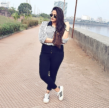 Ootd inspiration   #fashionblogger #indianfashionblogger #mumbaiblogger #mumbaifashionblogger #ootd #ootdinspirations #styledairies #stylistdiaries #styleinspiration #fashioninspo #styleinspo #fashioninfluencer #styleinfluencer #acquiringanaqua #roposolove #ropo-style #roposogal
