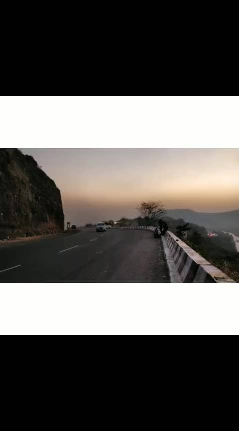 The journey begins.. First Solo Ride on RE..more to follow :) . . #mumbaipune #traveldiaries2019 #lonavala #khandala #oldhighway #wanderlust #royalenfieldindia