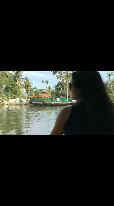 HOUSE BOATING #kerala #travelindia #dramebaaz #roposo #paniyonsa