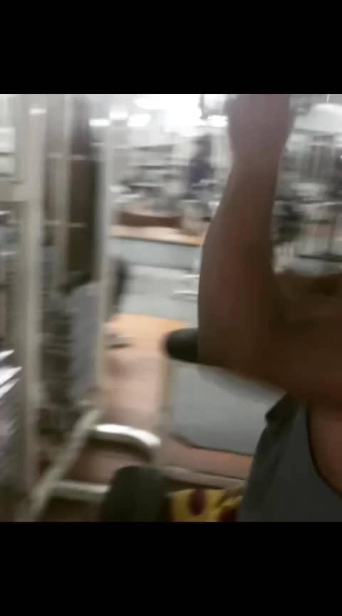 #latsworkout  #MaheshMachidi😎 #workout  #staystrong #stayfit💪 #fitnessmotivation #fitness #fitnessmodel #fitnessgoals #fitnesstransformation #maheshmachidifitworld ##staypositive #stayfit #stayfitdontquit #fitnessjourney #coreworkout