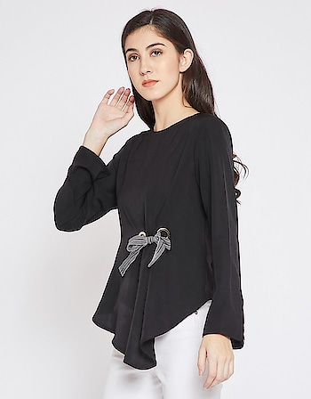 Madame - Women Round Neck Black Full Sleeve Top  Link: https://bit.ly/2WBLCka  #Madame #top #womenfashion #fashionblogger #roposodiaries #roposo