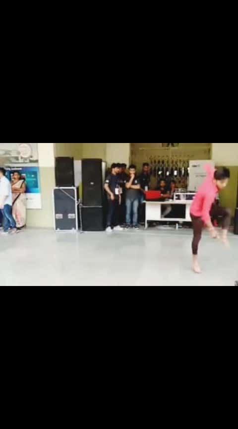 #roposo-dance #collaborations #collage #danceing #machi