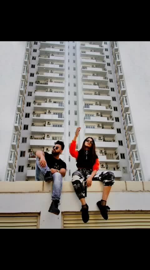 #basic #aashimalamba #streetwear #building #longshot #saltbae #collaboration #delhifashionblogger #malefashionblogger #femalefashionblogger #delhi #indianfashionblogger #bloggerstyle #bloggerlife #fashion #style #lamba #thebasicrebel #neon #sweatshirt #camipants #camouflage #hypebeast