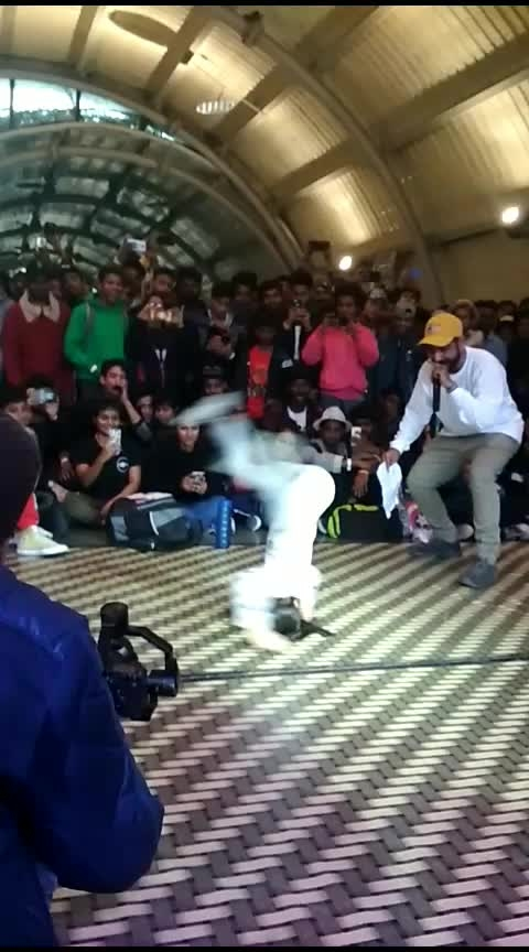 lil girl dance world level #roposo-rajasthani-dance-in-funnymood   #dance  #dances  #danceing  #desi-dance  #sexydance  #hotdance  #buttons