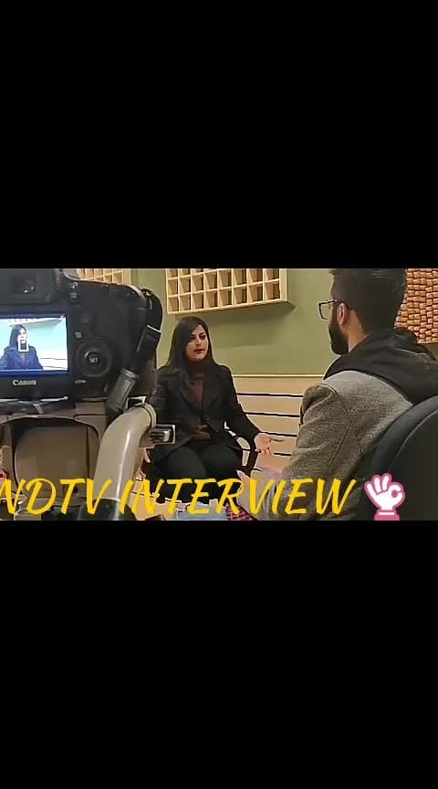 wow amazing interview with Ndtv gadgets 360 team 👌👌👌 #featurethisvideo #verifiedprofile #thankyoufollowers #likecommentshare #followmeonroposo #staytunedwithme #newvideo #roposo-soulful #wedding-roposo #ropo-girl #ndtvphotos #interviewer #roposo-awesome #feelgoodlookgood #moreupdatessoon #ropo-video #ropo-share