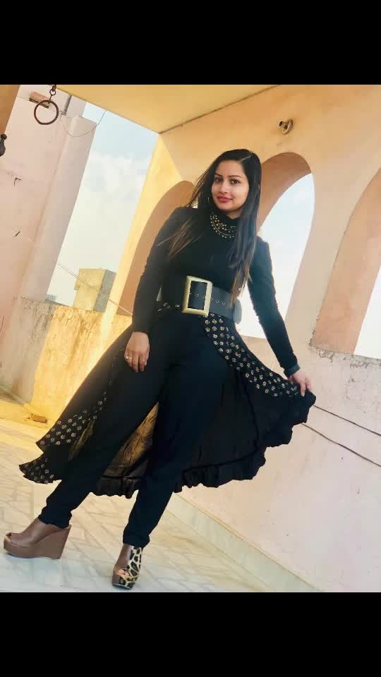 Wore this fusion dress!! #ootd #allblack #corsetbelt #outfitideas #ropopic
