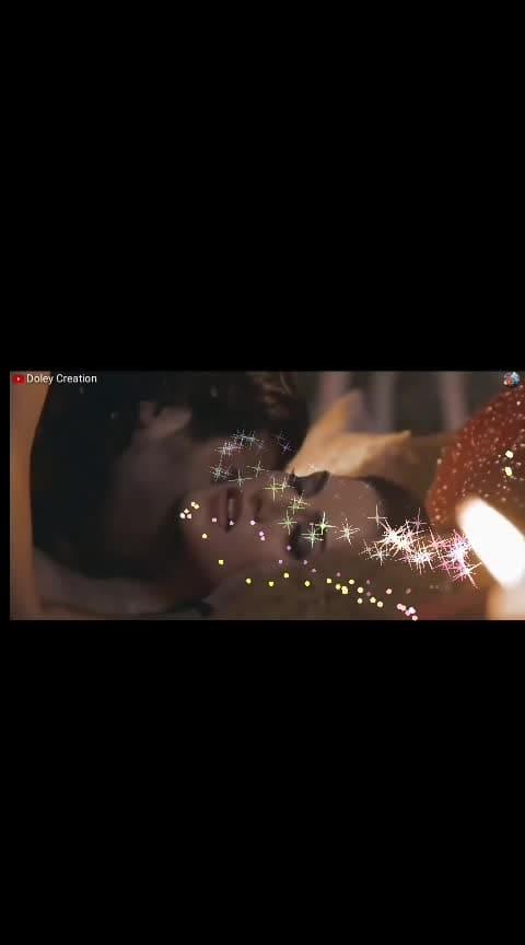 #sunnyleone #kiss #romantic