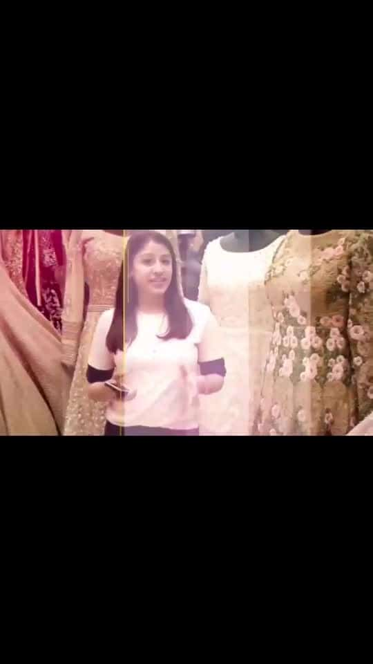 I am showcasing Chandni Chowk market in this video which is the oldest market in Old Delhi. This market is famous for bridal lehenga, sarees and jewellery items.  I have explored more of the bridal lehenga shops in this video, both higher price range lehengas and affordable bridal lehengas. Check out the shop where you can get the replica of designer lehengas including Sabhyasanchi lehenga, Manish Malhotra and many other designers. #bridal #lengha #wedding #weddinglenghas #bridalwear #bridal-outfit #bridesmaids #weddinglookbook #roposostyle #ropowear #tanavmuktikendra