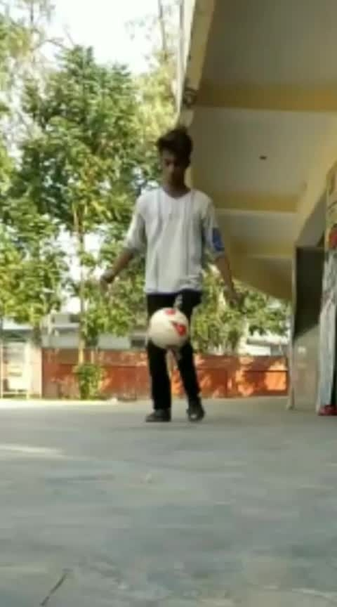 #ropso-star #ropososhare #rops-style #skills #tekkers #like #uniquestyle #roposo-wow