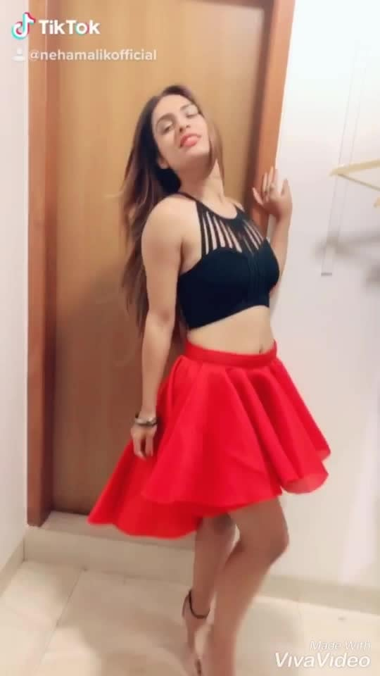 Trial room #tiktok #videofun ...😋😋😋  : #tiktok #tiktokindia #tiktokvideo #red #redlove #cute #redskirt #trials #trialroomselfie #trialroom #funtimes #trialroomscenes #happytime #happygirl #happygirlsaretheprettiest  #randomvideo #randomfun  #babygirl #valentineweek #happyroseday  #nehamalik #model #actor #blogger #instagood #instafollow #instalike