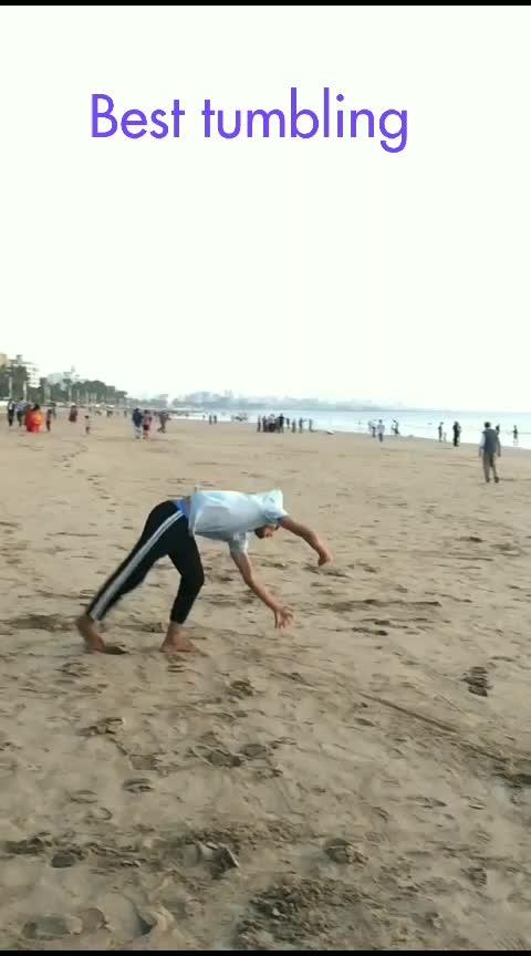 best tumbling in beach #flipper #bboys #tumbling #roposo #tricking #tricks #viral #fitness #viralvideo #lipsticklove #bollywood