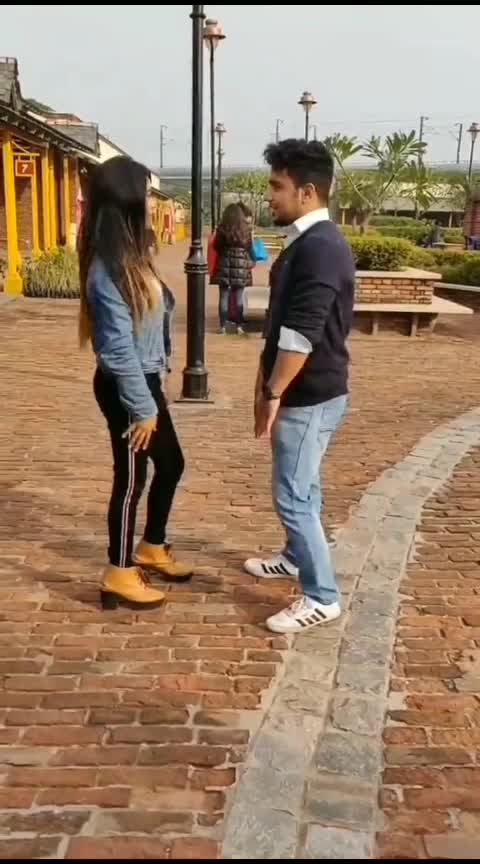 girls like you ❤️ #valentinesday  #risingstaronroposo  #valentinesweek  #couplegoals  #likesforlikesback  #featurethisvideo