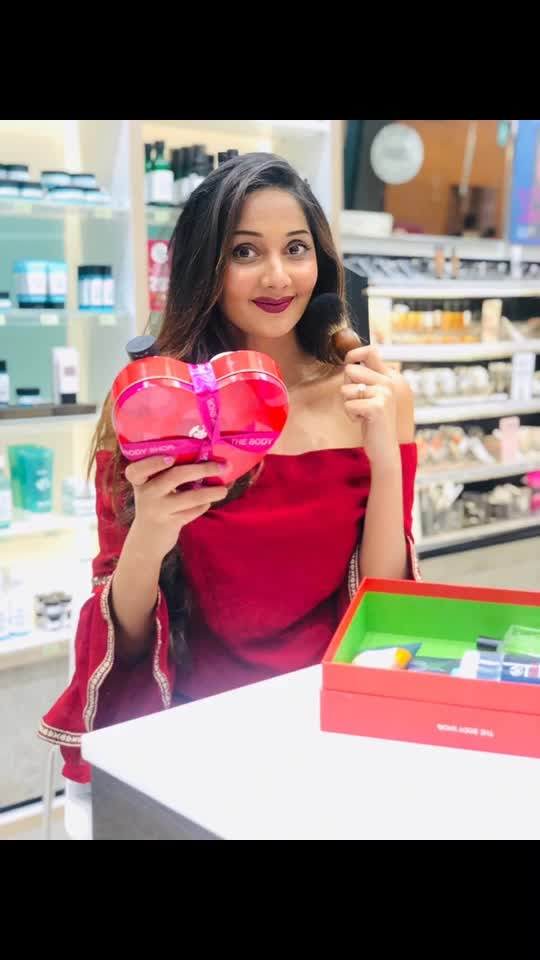 Celebrating the season of love with @thebodyshopindia ! Valentine's Day gift box curated especially just for him👱🏻‍♂️♥️ ⠀⠀⠀⠀⠀⠀⠀⠀⠀⠀⠀⠀⠀⠀⠀⠀⠀⠀⠀⠀⠀⠀⠀⠀⠀⠀⠀⠀⠀⠀⠀⠀⠀⠀ ⠀⠀⠀⠀⠀ ⠀⠀⠀⠀⠀⠀⠀⠀⠀⠀⠀⠀⠀⠀⠀⠀⠀⠀⠀⠀⠀⠀⠀⠀⠀⠀⠀⠀⠀⠀⠀ ⠀⠀⠀⠀⠀⠀⠀⠀⠀⠀⠀⠀⠀⠀⠀⠀⠀⠀⠀⠀⠀⠀⠀⠀⠀⠀⠀⠀⠀⠀⠀⠀⠀ ⠀⠀⠀⠀⠀ ⠀⠀⠀⠀⠀⠀⠀⠀⠀⠀⠀⠀⠀⠀⠀⠀⠀⠀⠀⠀⠀⠀⠀⠀⠀⠀⠀⠀⠀⠀⠀⠀⠀ ⠀⠀⠀⠀⠀⠀⠀⠀⠀⠀⠀⠀⠀⠀⠀⠀⠀⠀⠀⠀⠀⠀⠀⠀⠀⠀⠀⠀⠀⠀⠀⠀⠀⠀ ⠀⠀⠀⠀⠀ ⠀⠀⠀⠀⠀⠀⠀⠀⠀⠀⠀⠀⠀⠀⠀⠀⠀⠀⠀⠀⠀⠀⠀⠀⠀⠀⠀⠀⠀ Gift him fabulous grooming products & fragrances from @thebodyshopindia 💞♥️ ⠀⠀⠀⠀⠀⠀⠀⠀⠀⠀⠀⠀⠀⠀⠀⠀⠀⠀⠀⠀⠀⠀⠀⠀⠀⠀⠀⠀⠀⠀⠀⠀⠀⠀ ⠀⠀⠀⠀⠀ ⠀⠀⠀⠀⠀⠀⠀⠀⠀⠀⠀⠀⠀⠀⠀⠀⠀⠀⠀⠀⠀⠀⠀⠀⠀⠀⠀⠀⠀⠀⠀ ⠀⠀⠀⠀⠀⠀⠀⠀⠀⠀⠀⠀⠀⠀⠀⠀⠀⠀⠀⠀⠀⠀⠀⠀⠀⠀⠀⠀⠀⠀⠀⠀⠀ ⠀⠀⠀⠀⠀ ⠀⠀⠀⠀⠀ ⠀⠀⠀⠀⠀⠀⠀⠀⠀⠀⠀⠀⠀⠀⠀⠀⠀⠀⠀⠀⠀⠀⠀⠀⠀⠀⠀⠀⠀ #Thebodyshopindia #Makeupproducts #skincare #mensgrooming #mensgroomingproducts #valentinesday #valentinesgift #mahhimakottary #mensgift #menslove #hair #valentines2019
