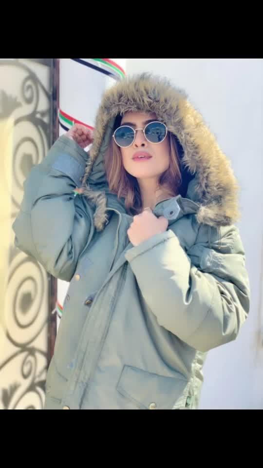 I miss all these amazing winter jackets 🧥 in mumbai 🙈Dubai shoot Day 2 🤩🤩 gonna shoot few last sequences of my new upcoming song 🤩🤩♥️ : Makeup by @makeupjimmy  Hair @premhairstylist 🤩 : #dubaitravelwithnehamalik ✈️ : #Bts #behindthescenes #shootday #winterjacket #winterlook #furrjacket #hoodie #winterfashion #winterlook #shooting #actorslife #pollywood #punjabi #punjabiactress #instantpollywood #punjabisongs #dubai #dxb #dubaitrip #dubailife #luxurylifestyle  #staytuned #newsong #shoot #2019 #nehamalik #model #actor #blogger