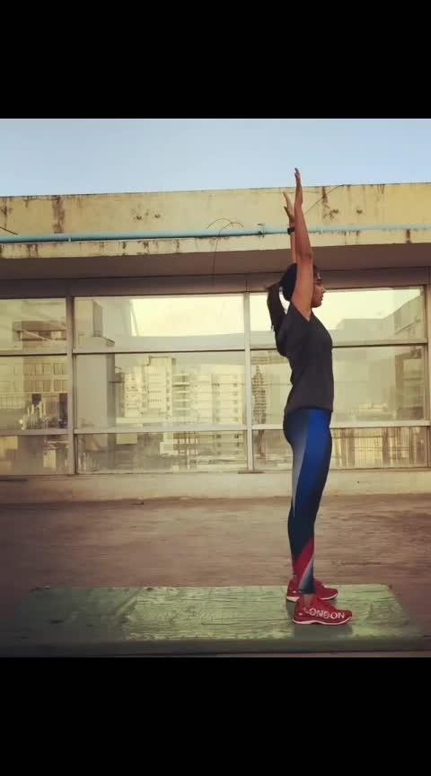 #yoga #poojahegde #fitness #excersise ##