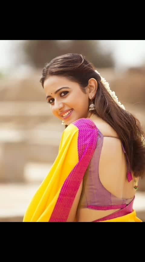 #rakulpreetsingh #rakulpreet #southindianactress #tollywoodactress #tollywood #saree #actressinsaree #beautifulgirl