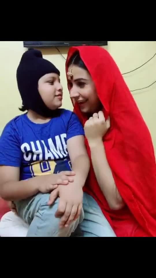 """When I'm with this """"little munchkin"""" I just need to forget my wrist watch⌚️🤷🏻♀️😁😘 with @yachitsharma  #tiktok #theekhai #bhaiyajisuperhit #my #littlemunchkin #fun #blast #cute #yachitsharma #lovehimlikeanything #adorable #bihari #biharrocks #superfun #withhim #blessed"""