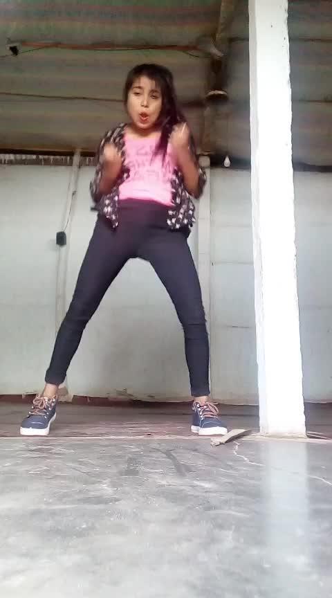 #bomdiggy #hiphopdance #love #valentines-day #roposo-dancer #assamgirl #follower #views #coinscollection @sanjayrathi0799 @roposotutorial @roposotalks @roposocontests