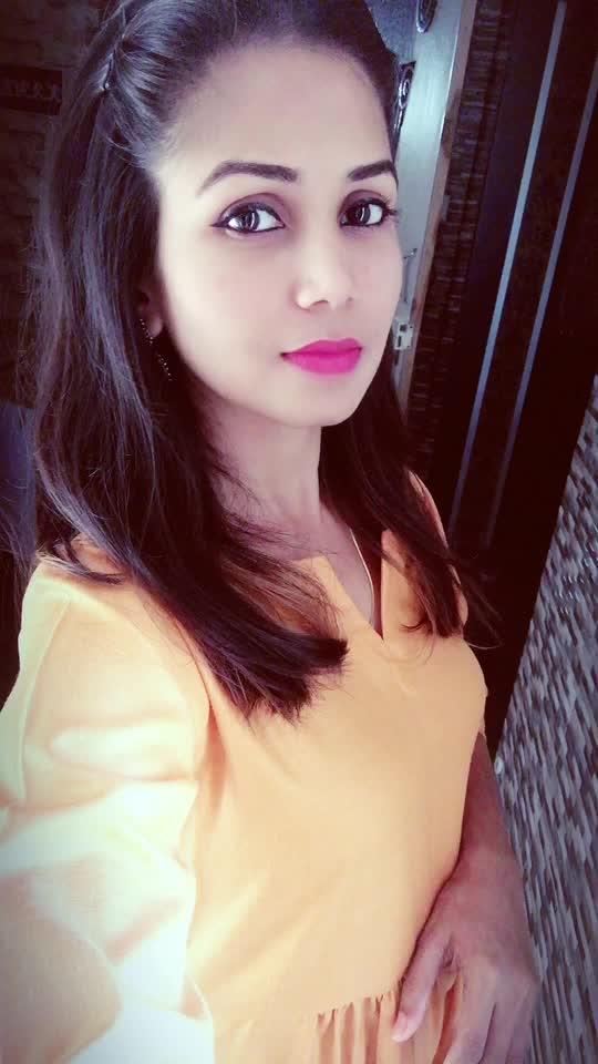 #solidcolours #maxidress #plaindress #casuallook #summerclothing #mustard