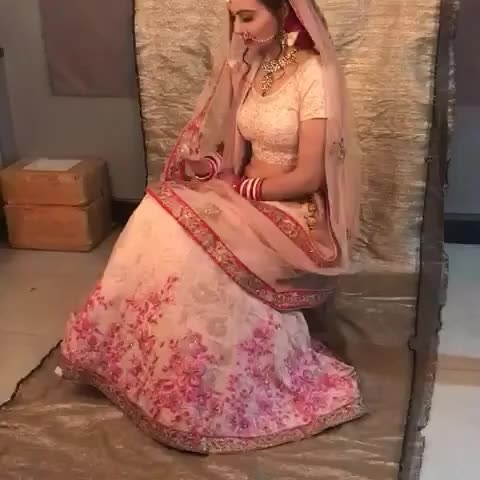 Shooting mode on🎥...Bridal look Based Theme  with famous Makeup Duo Bharat&Doris at @bharatanddorris studio ❤  #shooting #bridaltheme #bridallook  #shootingmode  #modellingshoot  #camera 📷 ##bride 👰 #groom  #weddingseason  #lovemywork  #actorslife  #modellife  #bharatndorris  #makeuponfleek  #peachpinklehnga #peachlehnga #pinkbridallehnga