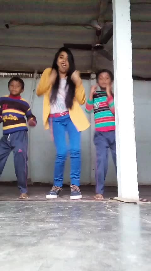 #mungda #hiphopdance #trios #roposo-dance #assam #assamese #dance Roposo @roposotalks @roposocontests #staroftheweek #roposostar