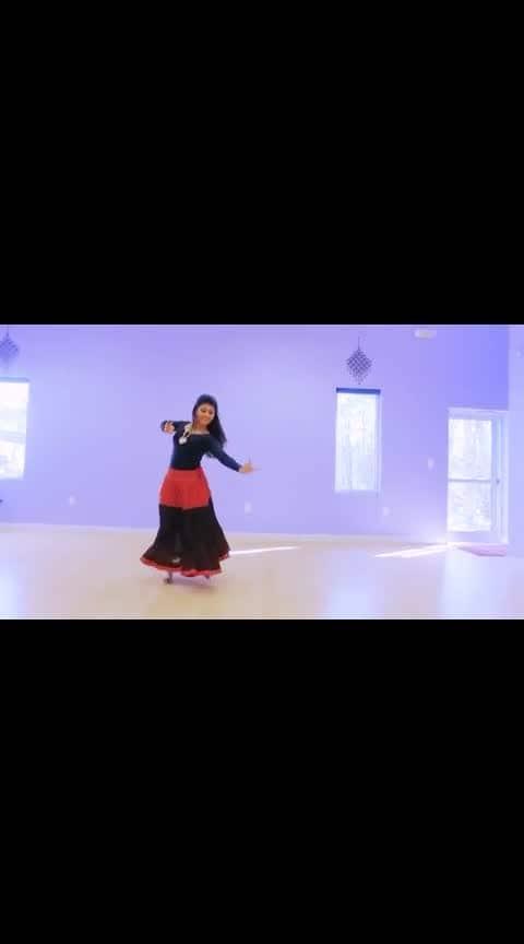 beautiful dance  #roposo #ropsotrending #roposo-telent  #dancelife