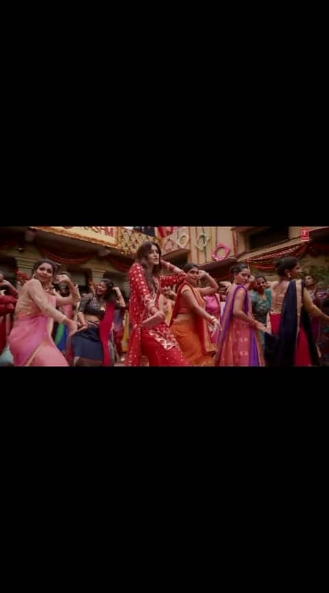 Tu loung mai ilaychi new song 2019 #lukkachuppi #kritisanon #kartikaaryan #filimistan#superb #superhit_song #hitsongs