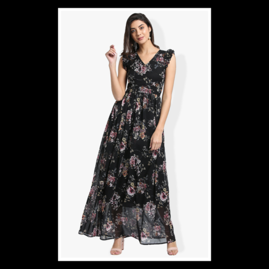 Life is a party...dress like it!🌸 . . . . #trendarrest #trending #trendfollowers #womens #western #wear #fashion #fashionworld #fashionista #floral #black #partywear #colours #maxi #dress #sleeves #details #sheer #sleeveless #instalikes #instafollows #postoftheday #clothingbrand #onlineshopping