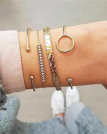 Build your own Bracelet Stacks... 😍😍😍 Shop Now : https://kacyworld.com/product-category/bracelets/ . . #kacy #kacyworld #kacyjewelry #jewelrybloggers #shoponline #fashionjewelry #freeshipping #bracelets #braceletstacks #stackedbracelets #jewellery